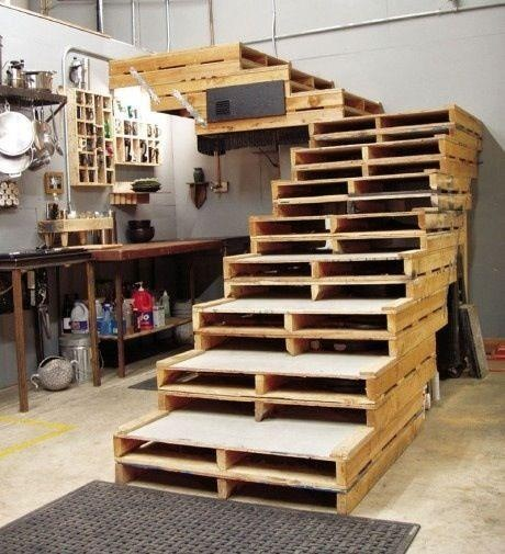 pcycled Wooden Pallet Stairs